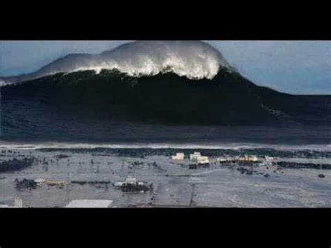 BIGGEST WAVE EVER SEEN 04/01/2013 BIGGEST WAVE IN THE