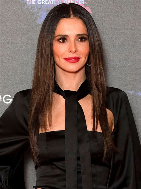 Cheryl bombarded with date offers after revealing