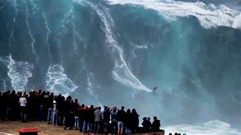 Biggest Waves Ever Surfed - Nazare - YouTube