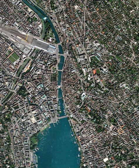 Downtown Zürich, Switzerland : Image of the Day